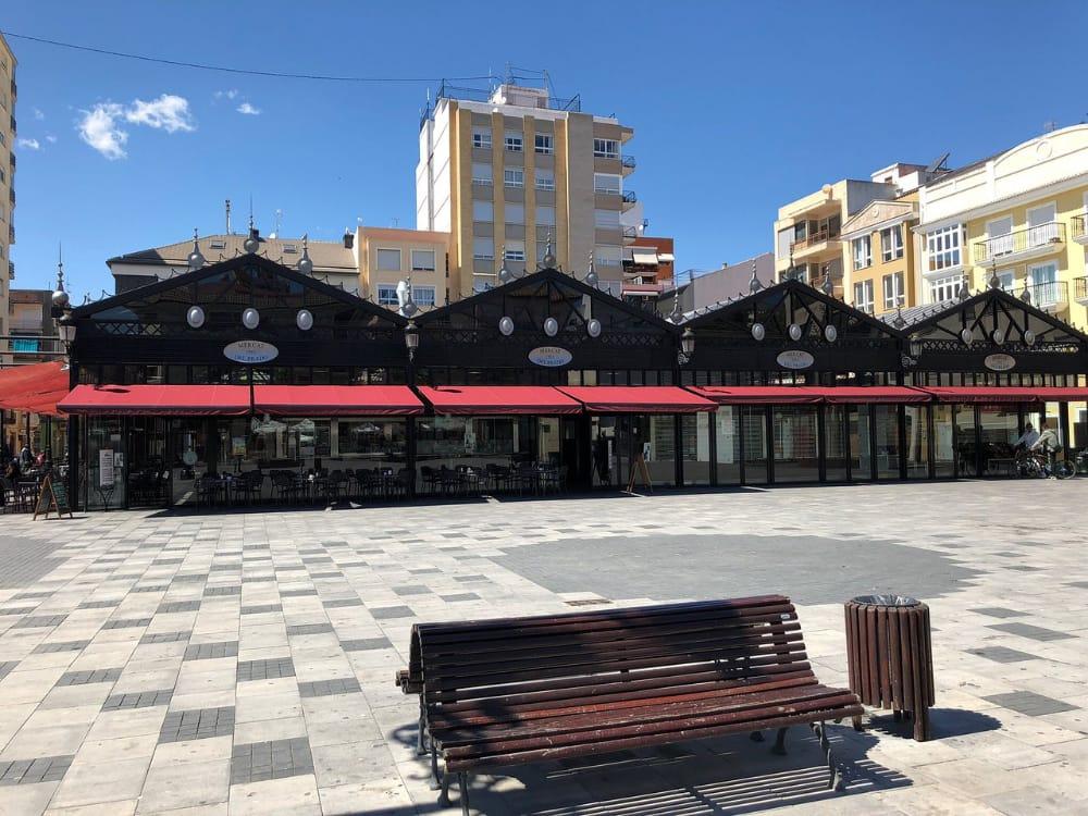 Plaza del Prado Mercat
